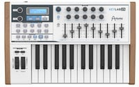 25-Key MIDI Controller, with Analog Synthesizer Emulation Software