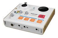 Tascam US-32 STUDIOPersonal USB 2.0 Internet Broadcast Audio Interface