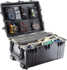 Pelican Cases PC1630NF Large Transport Case with Wheels WITHOUT Foam Interior