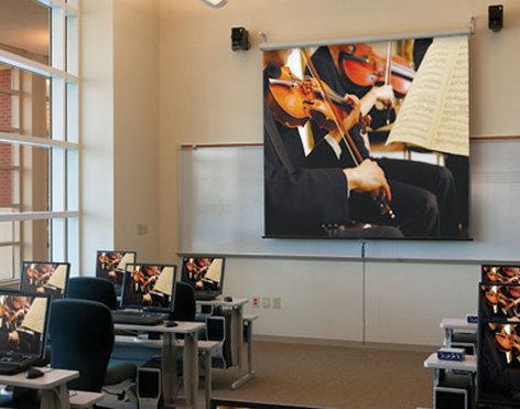 """Draper Shade and Screen 207093  Projection Screen, Luma, 82""""Diag., HDTV, Matte White 207093"""