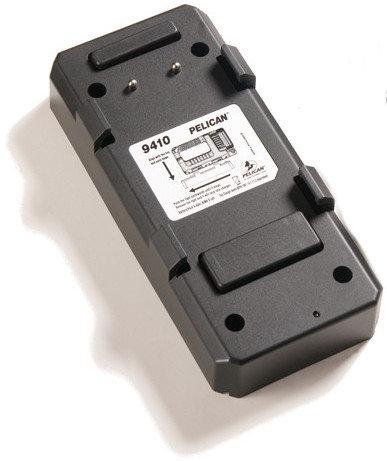 Pelican Cases 9416 Desk/Dash Charger Base for 9410 LED Lantern 9416