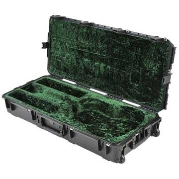 SKB Cases 3I-4217-18 Hardshell Molded Dreadnought Acoustic Guitar Case with TSA Latches and Wheels 3I-4217-18