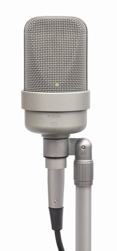 Microtech Gefell M 1030 Cardioid Condenser Studio Microphone with EA 92 Shockmount M1030-EA92