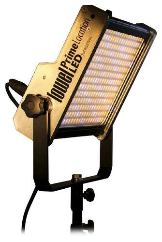 Lowel Light Mfg PL-01ATU Tungsten Color 5800-6000 Lumens LED Light Fixture with Gold Mount Battery Plate PL-01ATU