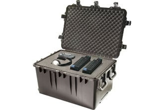 "Pelican Cases iM3075-X0001 29.8"" x 20.8"" x 17.8"" Storm Case with Foam Interior and Telescoping Handle IM3075-X0001"