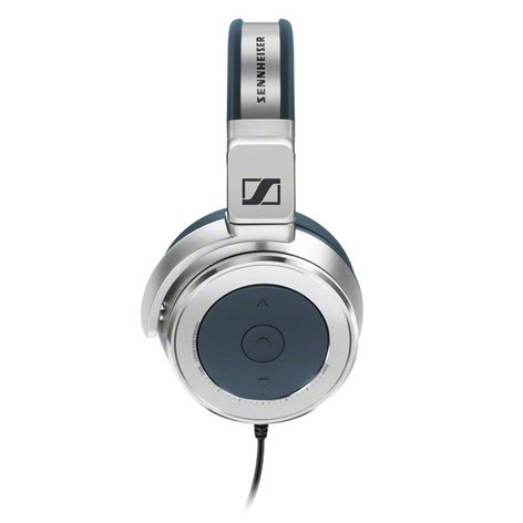 Sennheiser HD 630VB Closed-Back Over-Ear Audiophile Headphones HD630VB