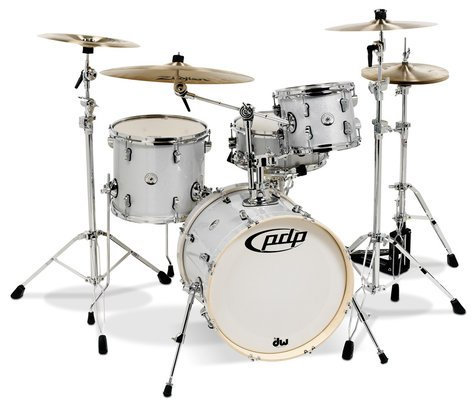 Pacific Drums PDNY1804DS New Yorker 4-Piece Shell Pack with Diamond Sparkle Finish PDNY1804DS