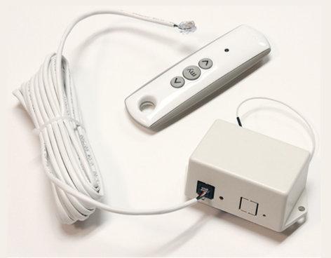 Draper Shade and Screen 121167 110V ILT RF Transmitter/Receiver in White 121167