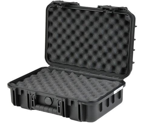 "SKB Cases 3I-1610-5B-L iSeries Waterproof Case with Layered Foam Interior, 16""x10""x5.5"" 3I-1610-5B-L"