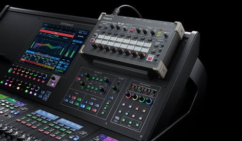 Roland System Group M-5000C Live Mixing Console, 16 + 4 Faders (20 Faders in 3 Banks) M-5000C