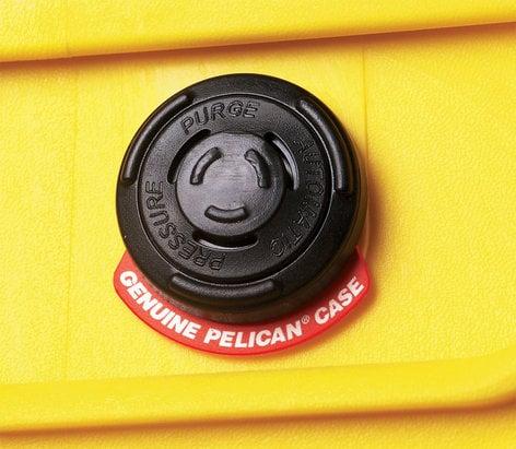 Pelican Cases 1520 Medium Case in Yellow with Empty Interior PC1520NF-YELLOW