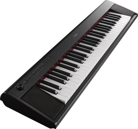 Yamaha NP-12 Piaggero Series 61-Key Portable Keyboard NP-12
