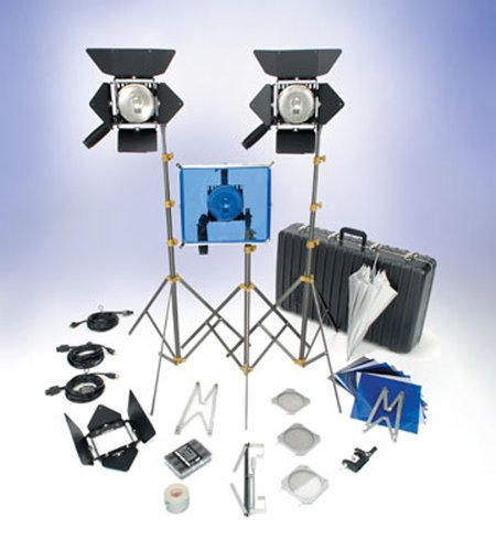 Lowel Light Mfg O1-93Z  OMNI 3 KIT with Lamps and TO-84Z Case O1-93Z