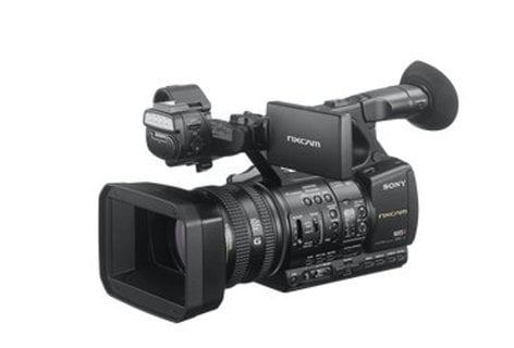 Sony HXR-NX5R Full HD 3CMOS Compact Camcorder with 20X Optical Zoom HXRNX5R