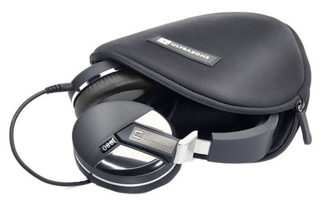Ultrasone Performance 880 Performance Series Headphone, Closed Back with Case PERF-880