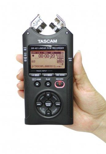 Tascam DR-40 4-Track Mobile Digital Recorder DR-40
