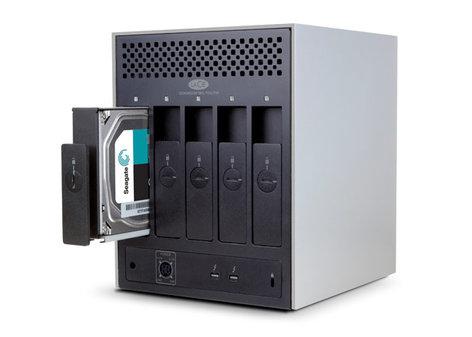 LaCie 5big Thunderbolt 2 30TB 5-Disk Hardware RAID Dual Thunderbolt 2, 7200 RPM 9000504U