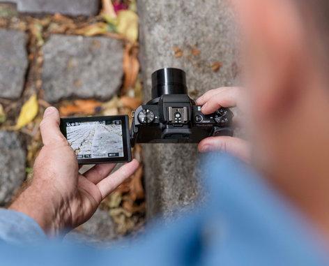 Canon PowerShot G5 X 20.2MP Advanced Compact Camera in Black POWERSHOT-G5X-KIT