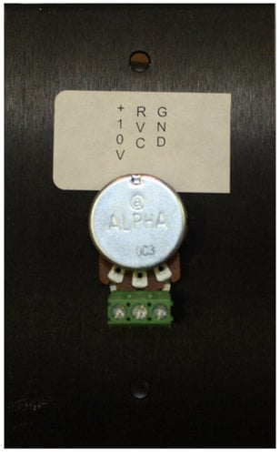 Stewart Audio WP-RVC-B  10k Ohm Potentiometer aluminum wall plate in black finish  WP-RVC-B