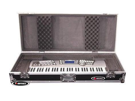 Odyssey FZKB61W  Flight Zone Series 61 Note Keyboard Case with Wheels FZKB61W