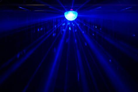Blizzard Lighting Snowball DMX Effect Light with 4x 3W LEDs SNOWBALL-BLIZZARD