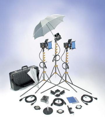 Lowel Light Mfg P1-93ULBZ All Pro Light Kit with Soft Case P1-93ULBZ