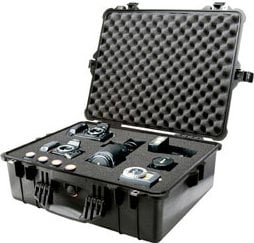 Pelican Cases PC1604-BLACK Large Black 1600 Case with Padded Dividers PC1604-BLACK
