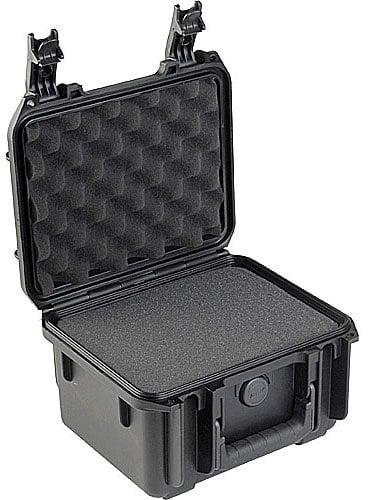 "SKB Cases 3I-0907-6B-C Case Molded, 9"" x 7"" x 6"" w/mini-latch, cubed foam 3I-0907-6B-C"