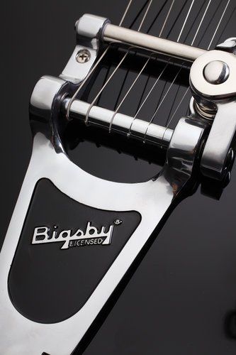 Schecter Guitars CORSAIR BIGSBY Guitar, Electric Hollow Body w/Bigsby CORSAIR-BIGSBY