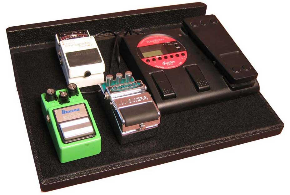 "Gator Cases GPT-BL-PWR 16.5"" x 12"" Pedal Board with Gig Bag and Power Supply GPT-BL-PWR"