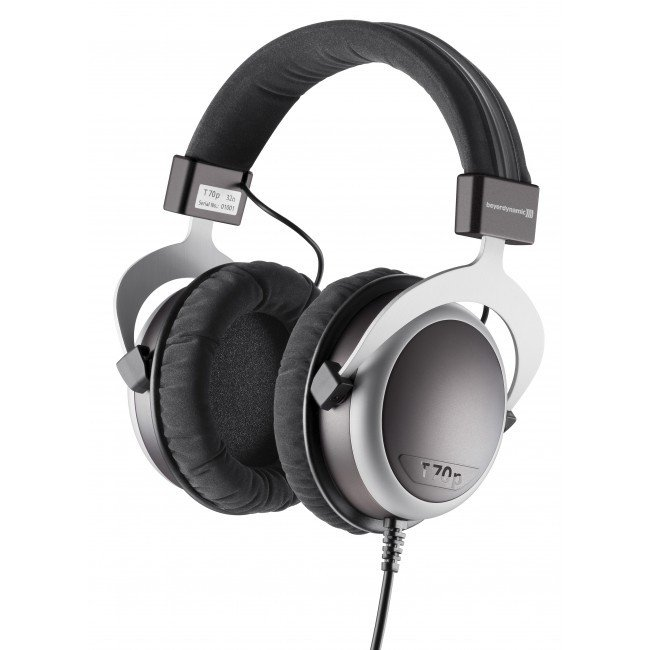 32 Ohm Closed Back Headphones for MP3 Players and Laptops