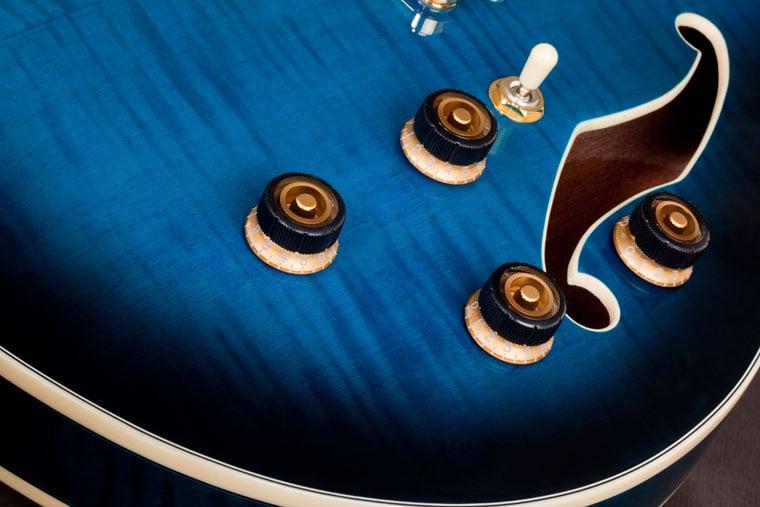 Electric Guitar Blue Sunburst