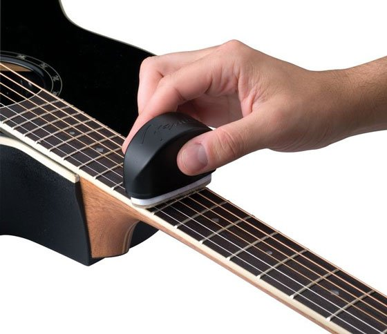 Slick String Cleaner