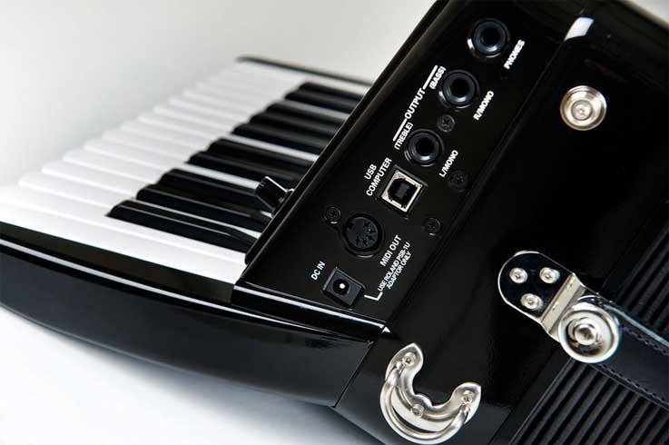Roland FR1X-BK Compact Digital Piano-style Accordion With Speakers