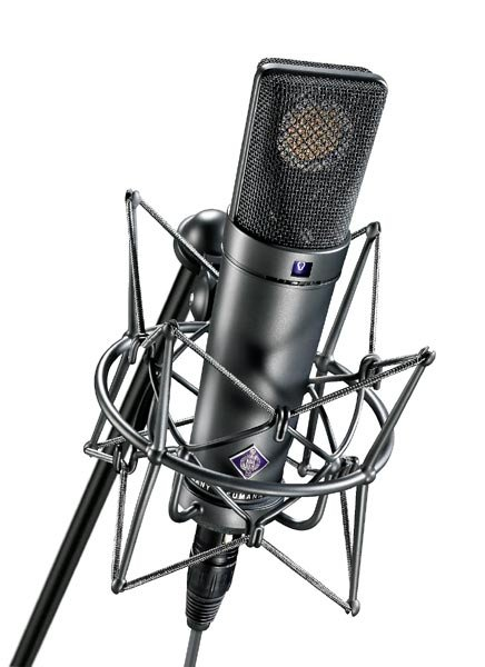 Mulitpattern Microphone in Matte Black Finish with K 89 Capsule and Wood Box