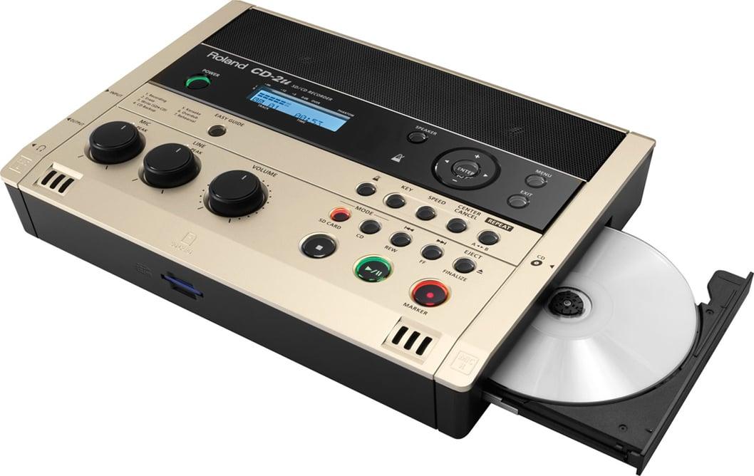 Roland cd 2u portable sd cd recorder full compass - Mobile porta cd ...