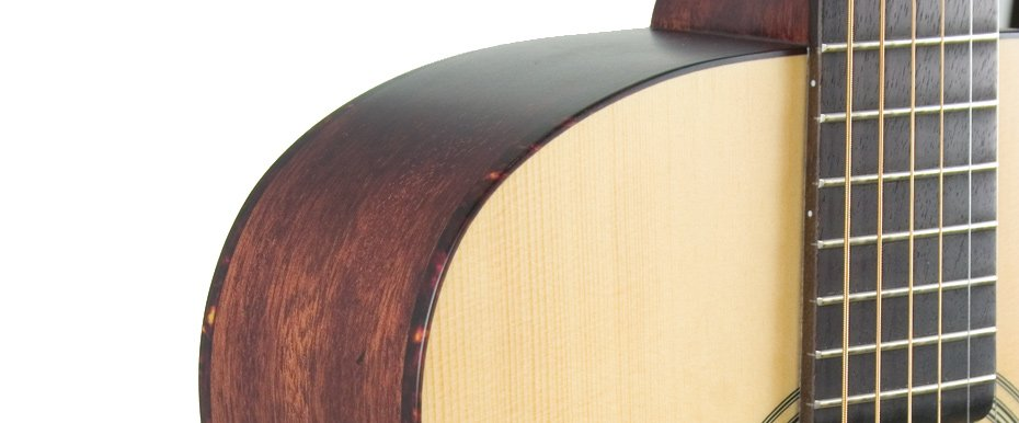 Gloss Natural 000-Style Acoustic Guitar with Engelmann Spruce Top