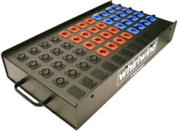 20-Channel Microphone Spltter with 1 Parallel, 1 Isolated Out, Ground Lift Switch