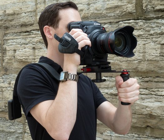 Shoulder Rig with Quick Release for Canon