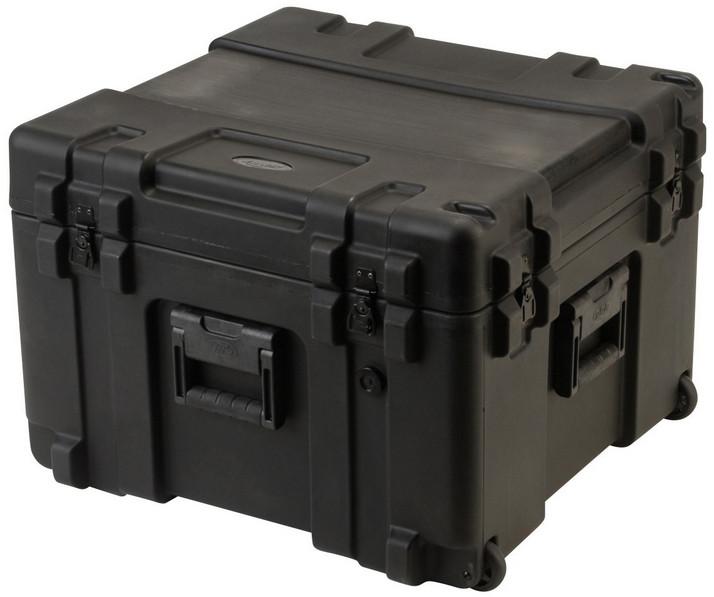 "17"" D Roto Mil-Std Waterproof Case with Wheels"