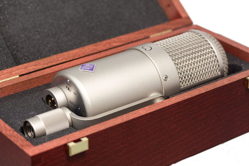 Collector's Edition Cardioid Condenser Microphone in Classic Nickel Finish
