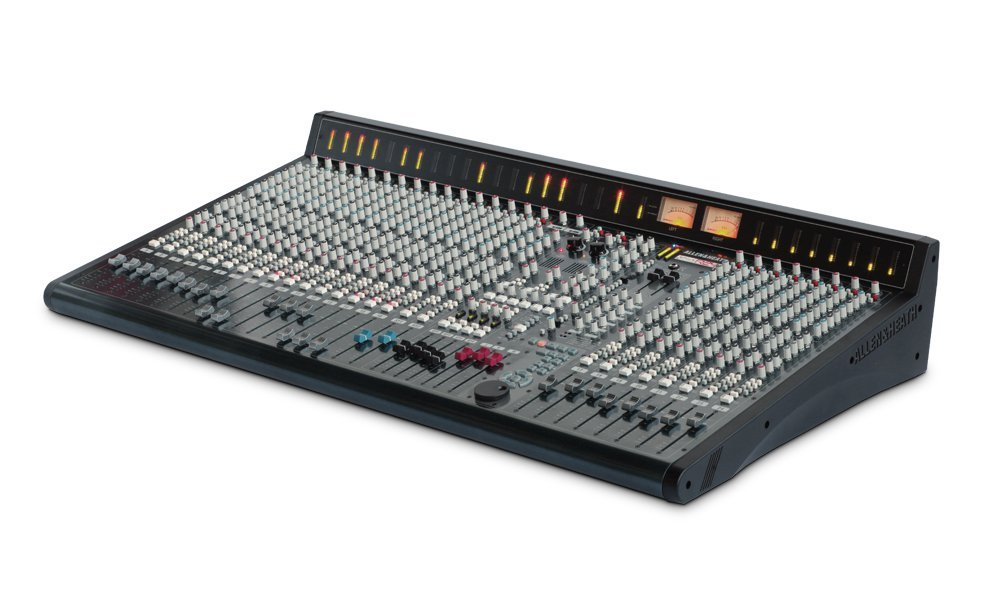 32 Channel Recording Console with 24 Microphone Inputs