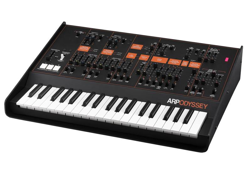 Duophonic Analog Synthesizer with Hardshell Case