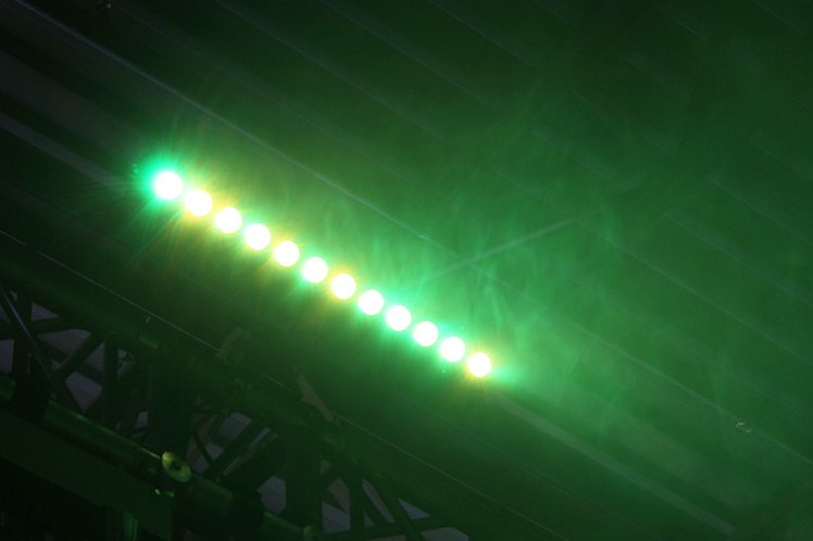 12x15W RGBAW+UV 6-in-1 LED Bar