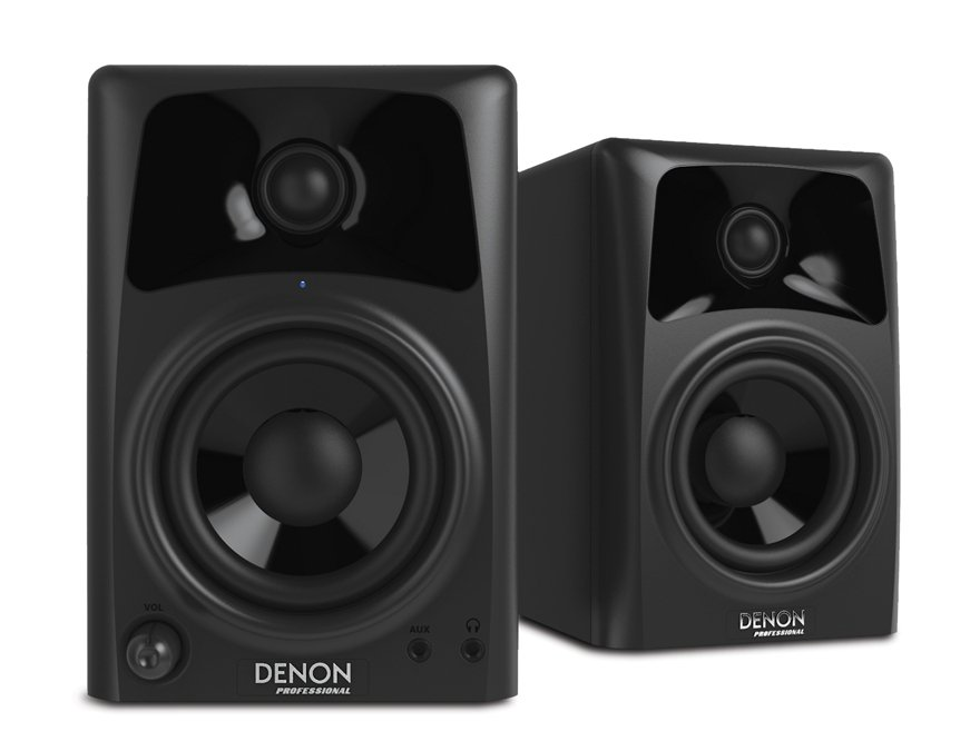 "Pair of 4"" 20W 2-Way Active Studio Monitors"