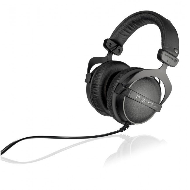 32 Ohm Closed-Back Studio Reference Headphones