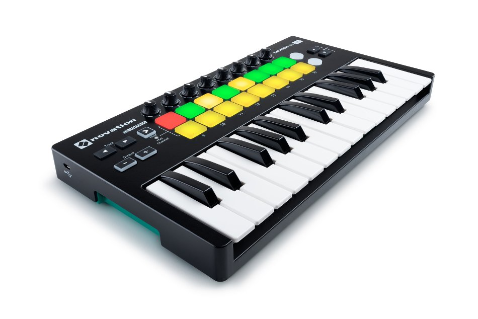 25-Key Mini Keyboard Controller with 16 Velocity-Sensitive Trigger Pads