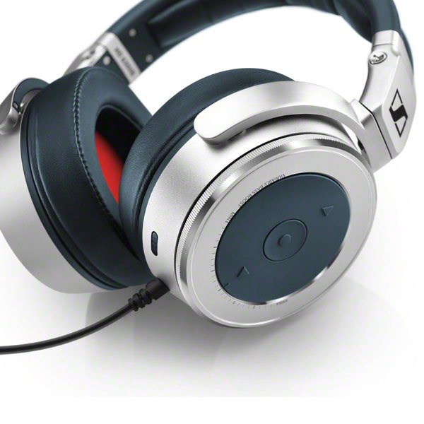 Closed-Back Over-Ear Audiophile Headphones