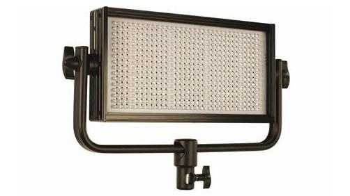 Cool-Lux CL4-2000DSV  4x CL500 Daylight PRO Studio LED Spot Light Kit with V-Mount Battery Plates CL4-2000DSV