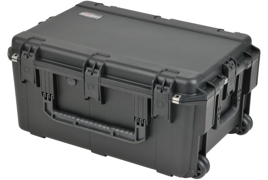 iSeries Waterproof Case with Gray Dividers, 26x17x12